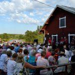 Vantaa-Seuran järjestämä yhteislaulu-teemainen Myllyilta. Kuva: Vantaa-Seura - Vandasällskapet ry