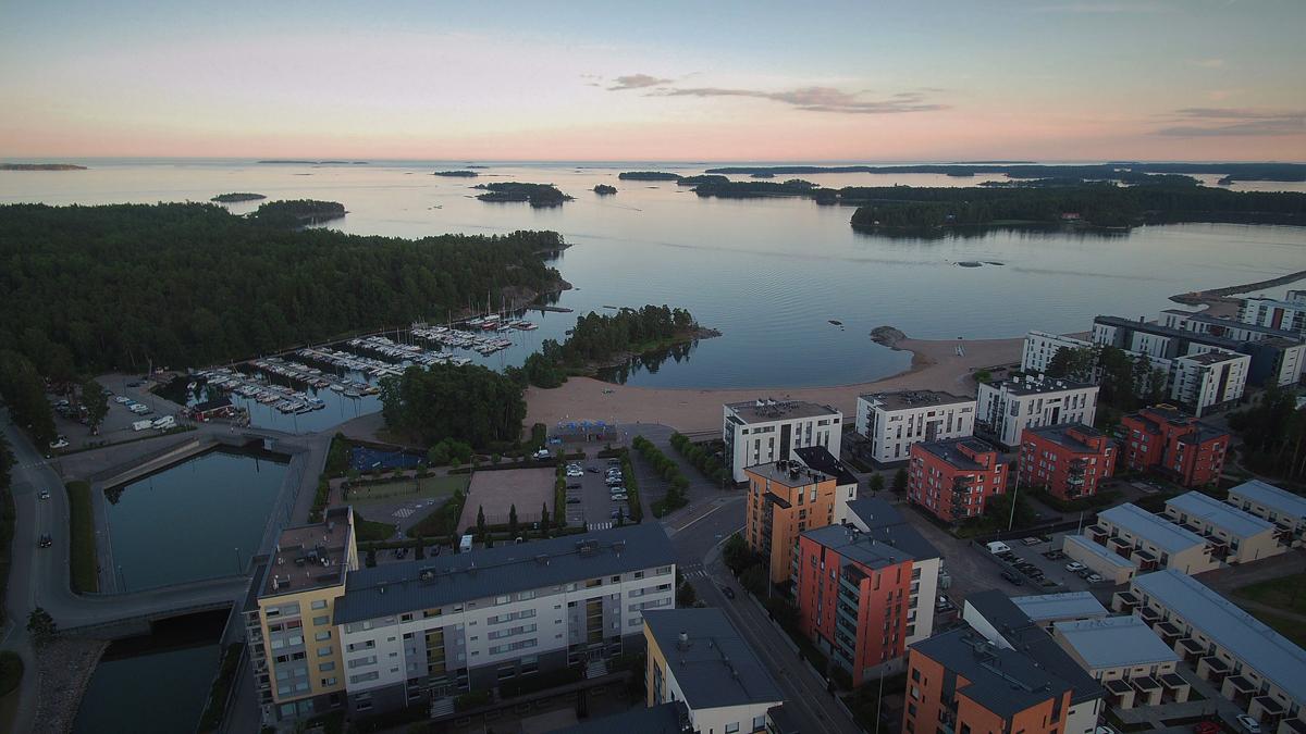 Näkymä Aurinkolahdesta merelle. Kuva: Pekka Huhtela.