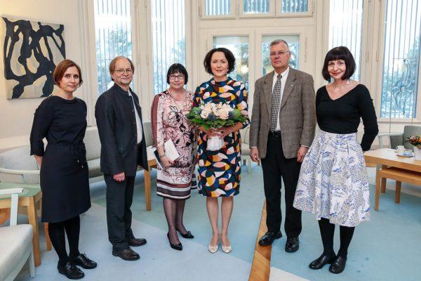 Jenni Haukio ja Kotiseutuliiton delegaatio